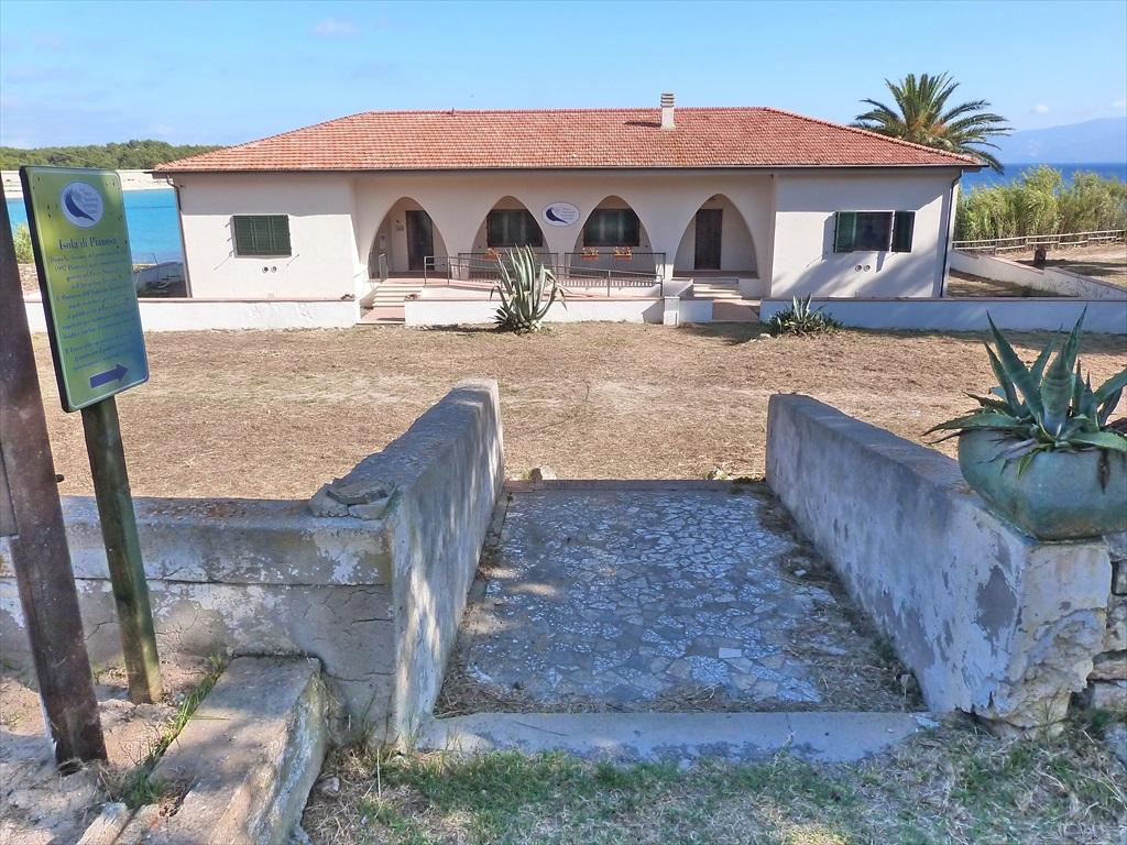 les maisons du parc national de l archipel toscan 224 l 206 le d elbe